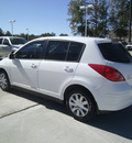 nissan versa 2009 white hatchback 1 8 s gasoline 4 cylinders front wheel drive automatic 75503