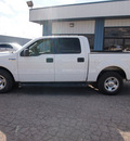 ford f 150 2005 white xlt 8 cylinders automatic 78861
