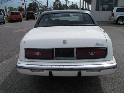buick riviera 1989 white coupe gasoline v6 front wheel drive automatic 45840