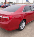 toyota camry 2012 red sedan xle v6 gasoline 6 cylinders front wheel drive automatic 77521