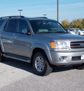 toyota sequoia 2004 silver suv sr5 gasoline 8 cylinders 4 wheel drive automatic with overdrive 77074
