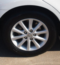 toyota camry 2010 white sedan xle v6 gasoline 6 cylinders front wheel drive automatic 76053