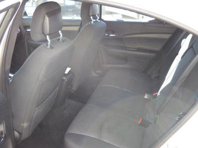 dodge avenger 2012 white sedan se 4 cylinders automatic 79925