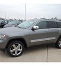 jeep grand cherokee 2013 gray suv overland gasoline 8 cylinders 2 wheel drive automatic 77338