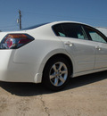 nissan altima 2007 white sedan gasoline 4 cylinders front wheel drive automatic 77521