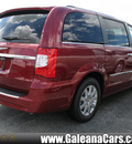 chrysler town and country 2012 red van touring l flex fuel 6 cylinders front wheel drive automatic 33912
