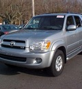 toyota sequoia 2007 gray suv sr5 gasoline 8 cylinders 4 wheel drive automatic 06019