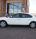 ford taurus 2002 white sedan se gasoline 6 cylinders front wheel drive automatic 80229