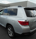 toyota highlander 2011 silver suv limited gasoline 6 cylinders all whee drive automatic 34788