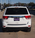 jeep grand cherokee 2013 white suv limited gasoline 8 cylinders 2 wheel drive automatic 76051