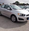 chevrolet sonic 2013 silver sedan ls gasoline 4 cylinders front wheel drive not specified 77090