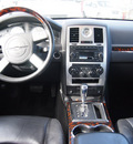 chrysler 300 2008 silver sedan c hemi gasoline 8 cylinders rear wheel drive automatic with overdrive 77020