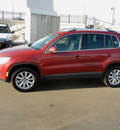 volkswagen tiguan 2009 red suv 2 0t gasoline 4 cylinders all whee drive automatic 55420