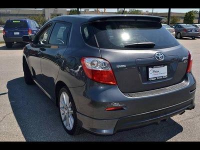 toyota matrix 2009 gray wagon xrs 4 cylinders manual 46219