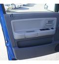 dodge dakota 2007 electric blue slt gasoline 6 cylinders 4 wheel drive automatic 07724