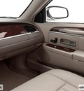 lincoln town car 2006 sedan signature limited flex fuel 8 cylinders rear wheel drive 4 speed automatic 77373