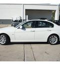 bmw 328i 2011 white sedan gasoline 6 cylinders rear wheel drive automatic 78729