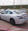 nissan maxima 2013 silver sedan 3 5 sv gasoline 6 cylinders front wheel drive automatic 76116