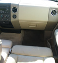ford f 150 2004 white xlt gasoline 8 cylinders 4 wheel drive automatic with overdrive 76011