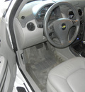 chevrolet hhr 2010 white wagon lt flex fuel 4 cylinders front wheel drive automatic 55391