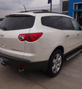 chevrolet traverse 2012 white ltz gasoline 6 cylinders front wheel drive automatic 77090