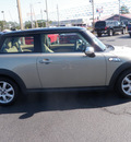 mini cooper 2007 off white hatchback s gasoline 4 cylinders front wheel drive automatic 32401
