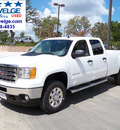 gmc sierra 2500hd 2013 white sle z71 longbed gasoline 8 cylinders 4 wheel drive 6 speed automatic 78028