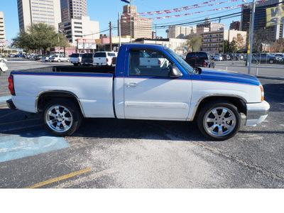 chevrolet silverado 1500 2006 summit whiteblue t pickup truck ls gasoline 6 cylinders rear wheel drive automatic 78205