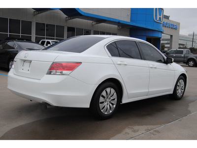 honda accord 2010 white sedan lx gasoline 4 cylinders front wheel drive automatic 77025