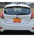 ford fiesta 2012 white hatchback se gasoline 4 cylinders front wheel drive automatic 77375