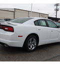 dodge charger 2013 off white sedan se gasoline 6 cylinders rear wheel drive automatic 77017