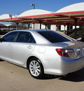 toyota camry 2012 silver sedan xle gasoline 6 cylinders front wheel drive automatic 76210