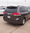 toyota sienna 2013 dk  gray van le 8 passenger gasoline 6 cylinders front wheel drive automatic 76116
