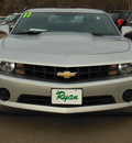 chevrolet camaro 2011 silver coupe ls gasoline 6 cylinders rear wheel drive standard 55313