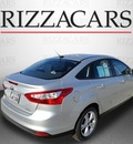 ford focus 2013 silver sedan se flex fuel 4 cylinders front wheel drive automatic with overdrive 60546