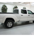 toyota tacoma 2013 white prerunner v6 gasoline 6 cylinders 2 wheel drive automatic 91731