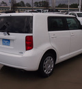 scion xb 2009 white suv gasoline 4 cylinders front wheel drive automatic 77304