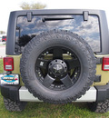 jeep wrangler unlimited 2013 green suv sahara gasoline 6 cylinders 4 wheel drive automatic 75067