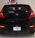hyundai accent 2013 black hatchback se gasoline 4 cylinders front wheel drive automatic 75150