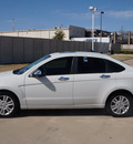 ford focus 2011 white sedan sel gasoline 4 cylinders front wheel drive automatic 76108