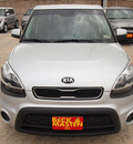 kia soul 2013 bright silver wagon gasoline 4 cylinders front wheel drive 6 speed automatic 77375
