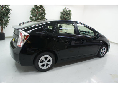 toyota prius 2012 black hatchback two hybrid 4 cylinders front wheel drive automatic 91731