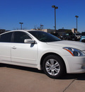 nissan altima 2012 white sedan 2 5 s gasoline 4 cylinders front wheel drive automatic 76018