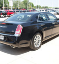 chrysler 300 2012 black sedan limited gasoline 6 cylinders rear wheel drive automatic with overdrive 77836