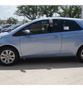 toyota yaris 2013 blue 3 door l gasoline 4 cylinders front wheel drive automatic 78232