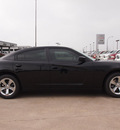 dodge charger 2013 black sedan se gasoline 6 cylinders rear wheel drive automatic 76011