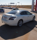 nissan maxima 2013 white sedan sv 6 cylinders automatic 76116