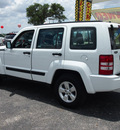 jeep liberty 2012 white suv sport gasoline 6 cylinders 2 wheel drive automatic 78016