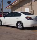nissan altima 2009 white sedan 2 5 sl gasoline 4 cylinders front wheel drive automatic 79110