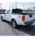nissan frontier 2011 silver sv v6 gasoline 6 cylinders 2 wheel drive automatic 78552